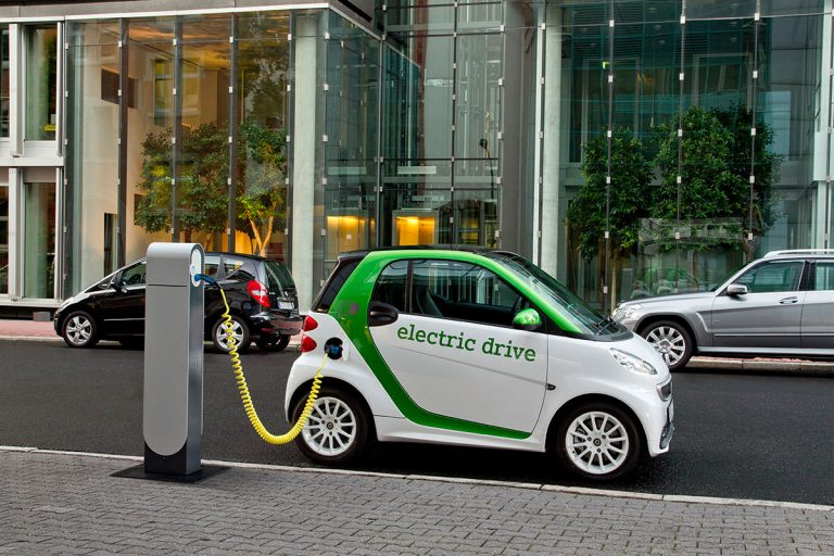 What are electric cars?